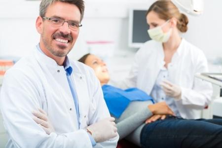 Demed implanty Wołomin implanty zębów doświadczenie
